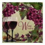 Degustación de vinos verde roja de las uvas del anuncios personalizados