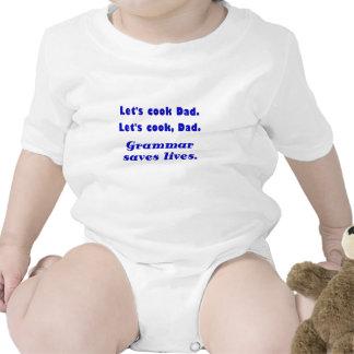 Deja al papá del cocinero que la gramática ahorra trajes de bebé