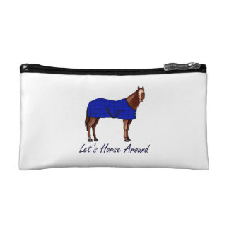 Deja el caballo alrededor de la manta azul de Brow