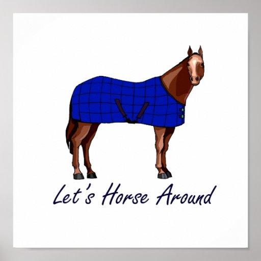 Deja el caballo alrededor de la manta azul de Brow Póster