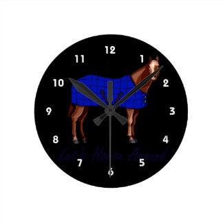 Deja el caballo alrededor de la manta azul de Brow Reloj Redondo Mediano