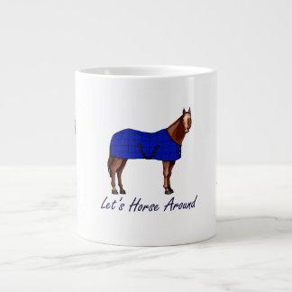 Deja el caballo alrededor de la manta azul de Brow Taza Grande