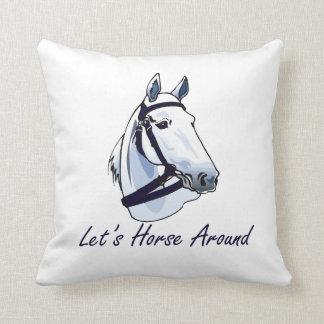 Deja el caballo alrededor del halter azul árabe cojin