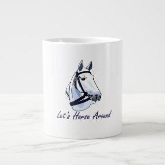 Deja el caballo alrededor del halter azul árabe taza grande