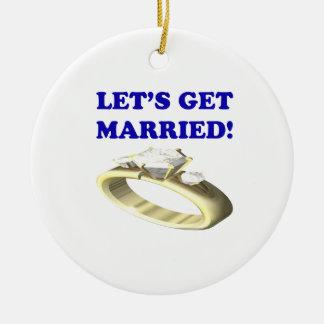 Deja para conseguir casado adorno de navidad