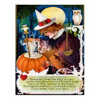 Deje a la bruja mezclar una postal del encanto