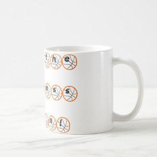 Deje la locura comenzar tazas de café