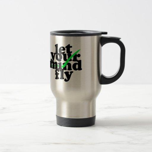 deje su mosca de la mente tazas de café