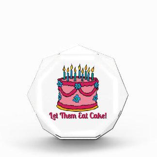 Déjelos comer la torta