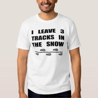 Dejo tres pistas en la nieve playeras
