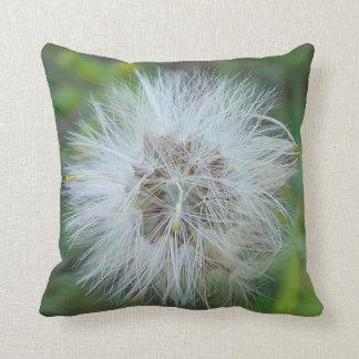 Dekokissen bright, hairy flower ball throw pillow