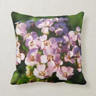 Dekokissen flores pequeñas lilas almohada