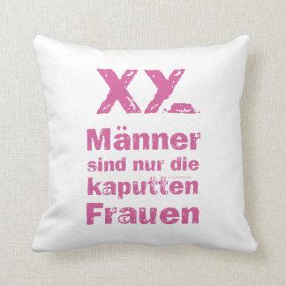 Dekokissen of men are only the broken women throw pillow
