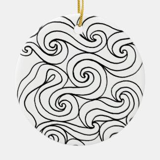 Del abrazo amistoso afortunado favorablemente adorno navideño redondo de cerámica