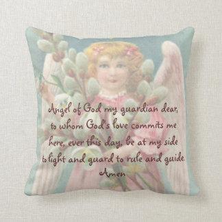Del almohada del rezo ángel del guarda del niño