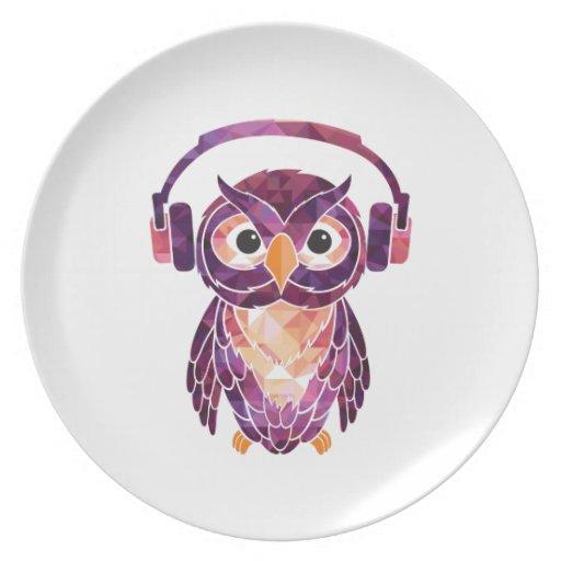 Del búho música del amor siempre plato de comida