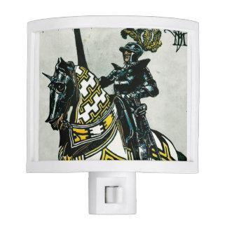 Del caballero Nightlight a caballo