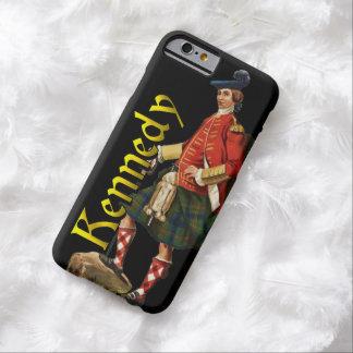 Del clan viejo Escocia caso de Kennedy Funda De iPhone 6 Barely There