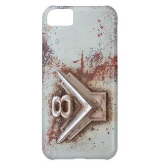 Del coche clásico: Emblema viejo oxidado de v8 en Funda Para iPhone 5C