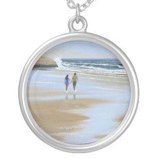 ~ del collar que camina la playa