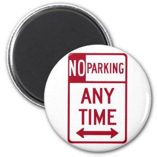 Del estacionamiento prohibido señal de tráfico en  imán redondo 5 cm