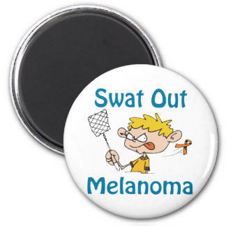 Del golpe violento imán del melanoma hacia fuera