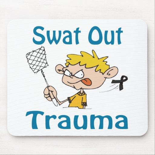 Del golpe violento trauma Mousepad hacia fuera