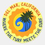 Del Mar, California en donde el césped resuelve la Pegatina Redonda