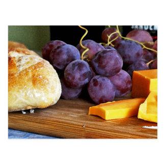 Del pan de las uvas todavía del queso cheddar vida tarjeta postal
