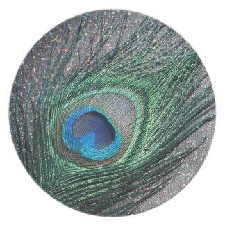 Del pavo real todavía de la pluma vida negra brill platos