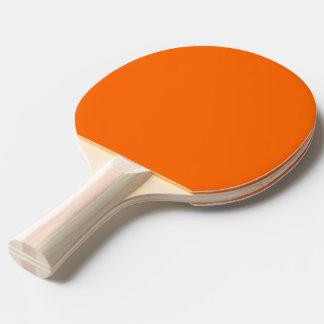 Del ping-pong de la paleta naranja uni pala de ping pong