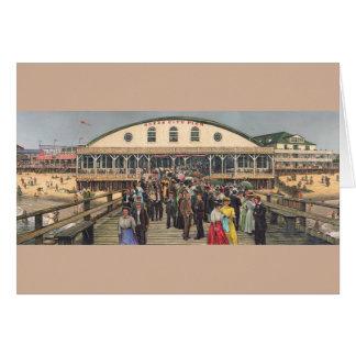 """Del """"tarjeta panorama de la ciudad del océano"""" de tarjeta pequeña"""