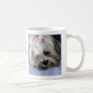 """Del """"taza rugosa perro del león de la corteza"""" de taza de café"""