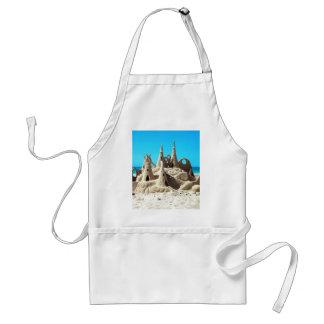 Delantal del castillo de arena de la playa de Noos