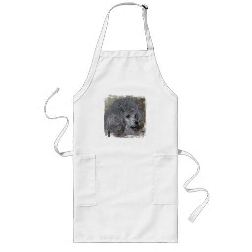 Delantal largo del caniche gris
