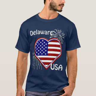 Delaware July 4th Fireworks Heart Flag Navy T-Shirt