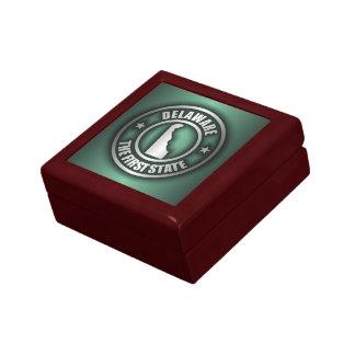 """""""Delaware Steel"""" Keepsake Box (Green)"""