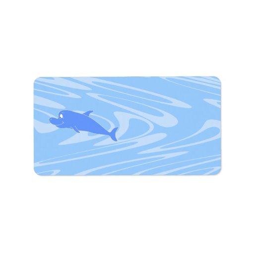 Delfín azul en modelo ondulado etiqueta de dirección