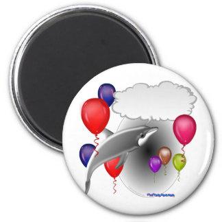 Delfín de la fiesta de cumpleaños que habla imán redondo 5 cm