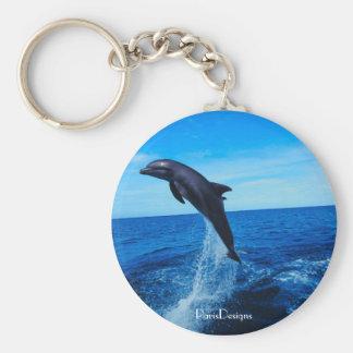 Delfín de la nariz de la botella llavero redondo tipo pin