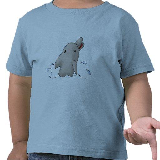 Delfín de la natación camiseta