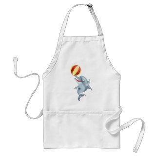 Delfín del dibujo animado que juega con la bola delantal