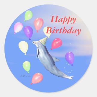 Delfín del feliz cumpleaños pegatina redonda
