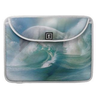 Delfín en la manga de MacBook Pro del océano Fundas Para Macbook Pro