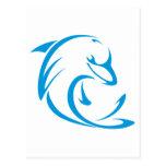 Delfín feliz en estilo del dibujo del oscilación tarjetas postales