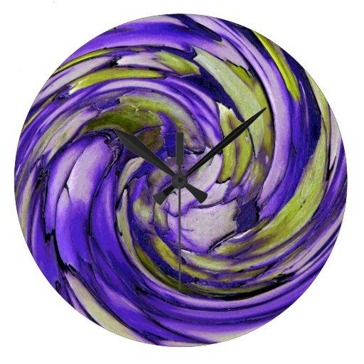 Delfín púrpura de la cal de N contra el reloj de p
