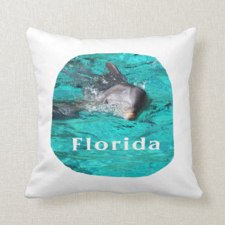 delfín que sale del agua clara la Florida del trul Cojin