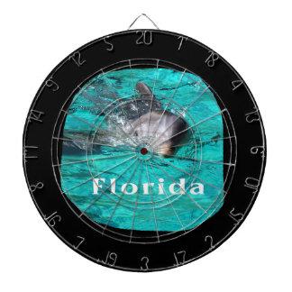 delfín que sale del agua clara la Florida del trul Tablero De Dardos