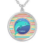 Delfín; Rayas brillantes del arco iris Collar