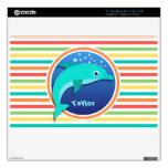 Delfín; Rayas brillantes del arco iris MacBook Skins